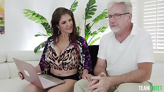 POV motion picture of an senior guy fucking grown up housewife Coralyn Jewel