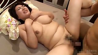 Ebony bbw is entertainment for whatever these bbw hunters are up to