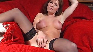 Downhearted hottie Wendy Taylor stretches her pussy with a beamy toy
