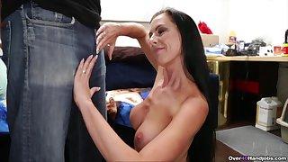 Total mommy handjob in homemade XXX