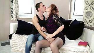 Nasty younger guy loves bonking his grown-up neighbor Mayna May