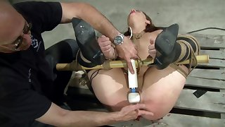 Dom exposes admissible sub to what pleasure mixed with pain feels like